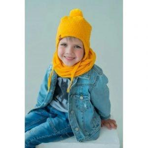 Шапка детская на завязках жёлтая
